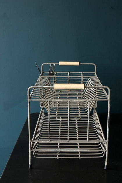 Distressed Wire Dish Rack