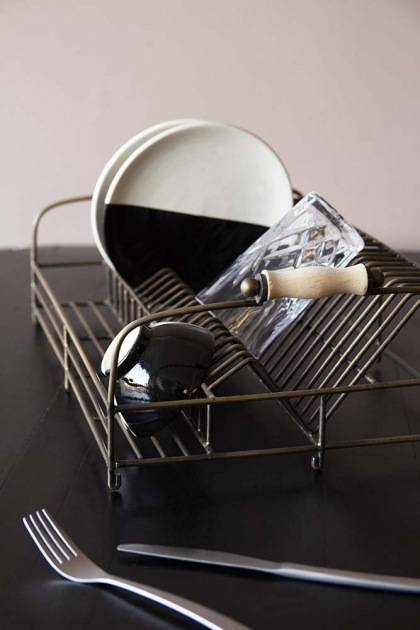 Vintage Style Dish Rack With Wooden Handles