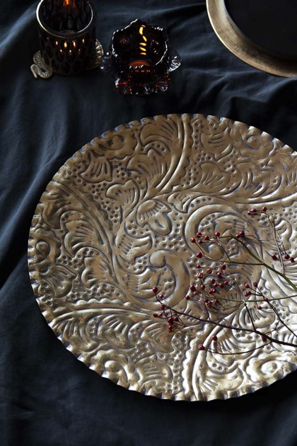 Beautiful Antique Style Floral Display Tray