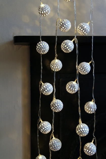 Decorative White Light Chain - Large Maroq