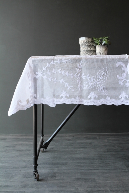 White Cotton Lace Tablecloth