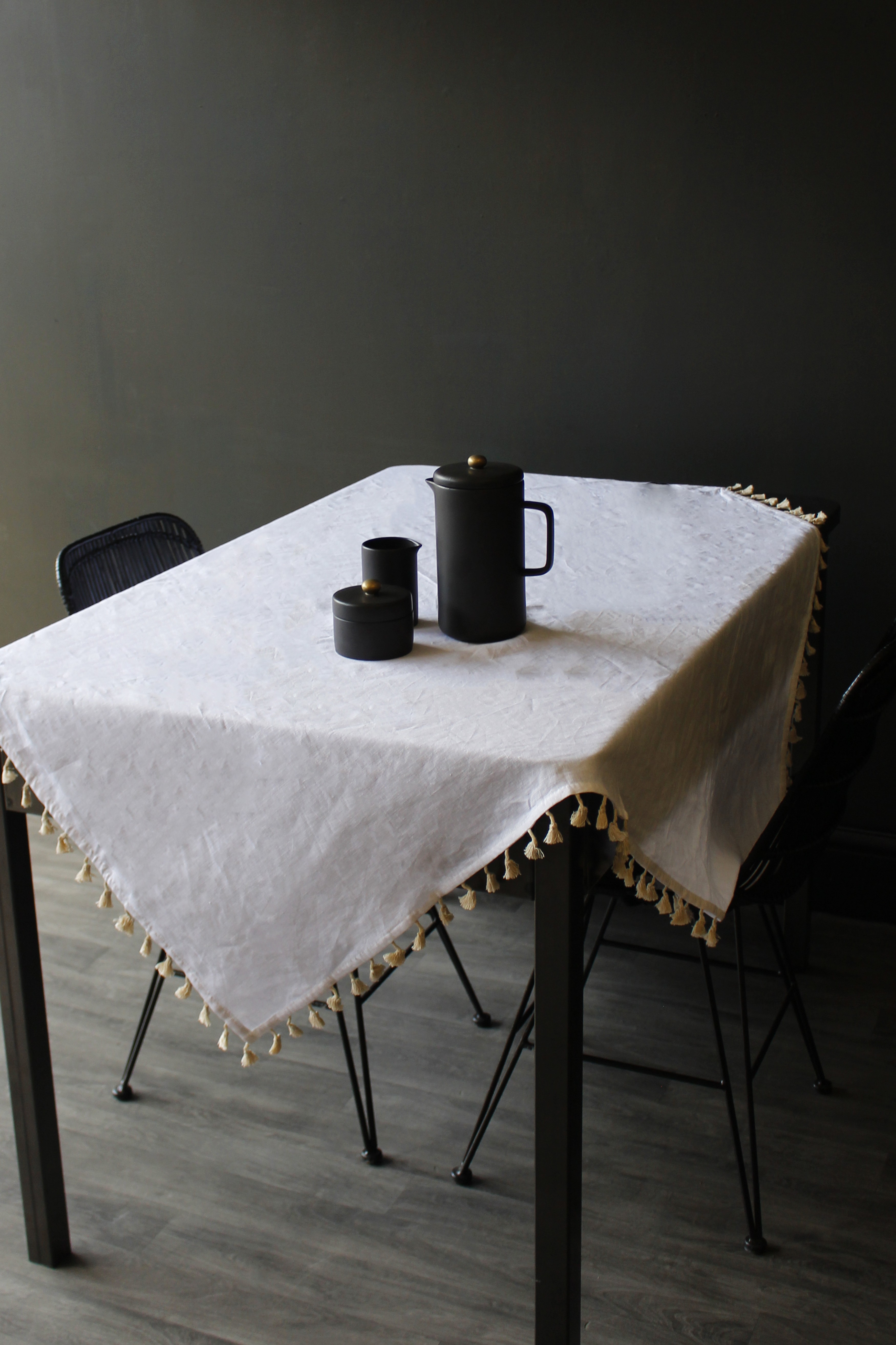 Le Theodore Tablecloth with Pompoms White