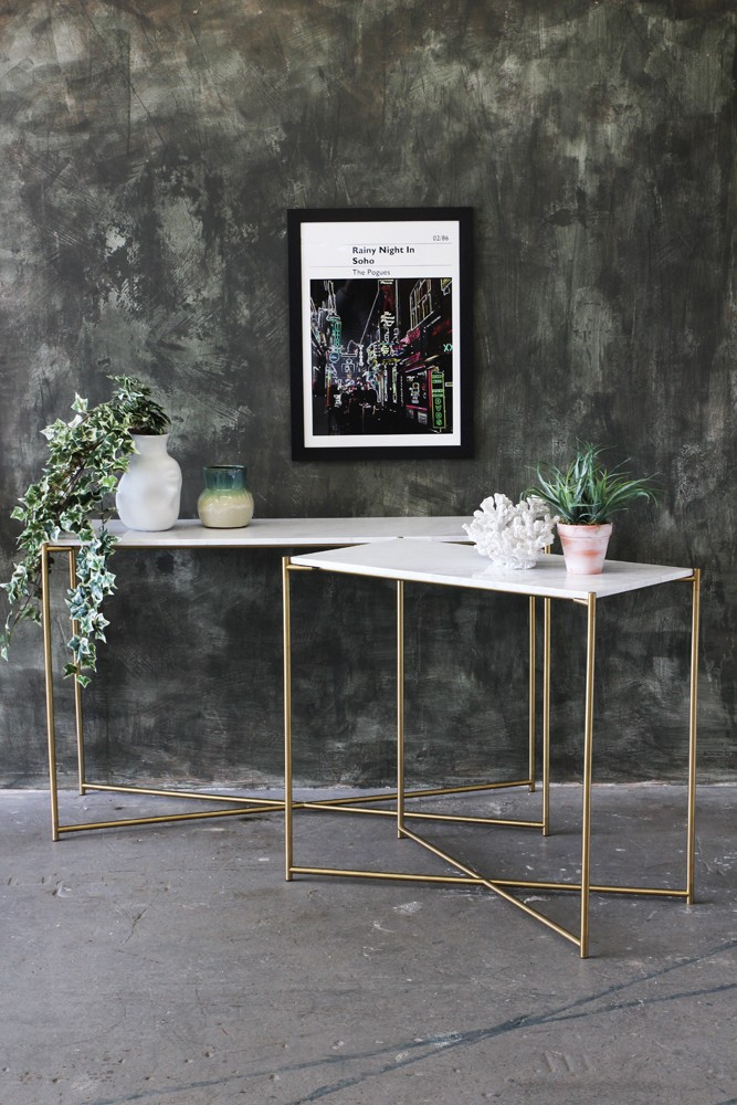 Carrara Marble Console Table   White Marble