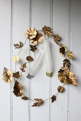 Metal Leaf Garland Decoration