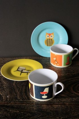 Mid Century Modern Cups & Saucers Set - Chairs & Collectables