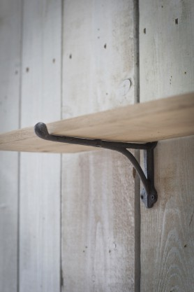 Oak Shelf With Cast Iron Brackets - Large