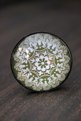 Ivy Kaleidoscope Knob