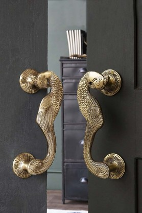 Set Of 2 Curved Peacock Door Handles