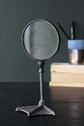 Duck Foot Magnifying Glass