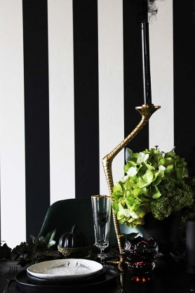 Eco Wallpaper - Thin Vertical Stripe - 2 Colours Available