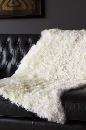 Genuine Sheepskin Rug - Curly Ivory