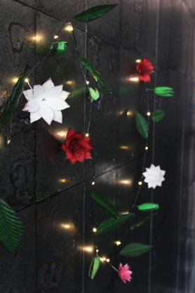 Clematis Metal Garland Light Chain