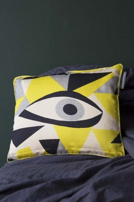 Momoko Silk Eye Cushion - Jaune Yellow