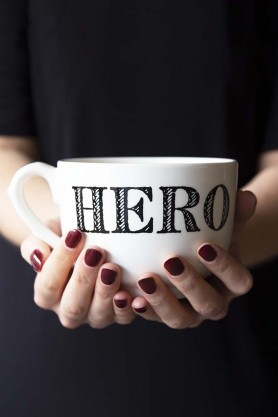 Giant Traditional Style Mug - Hero