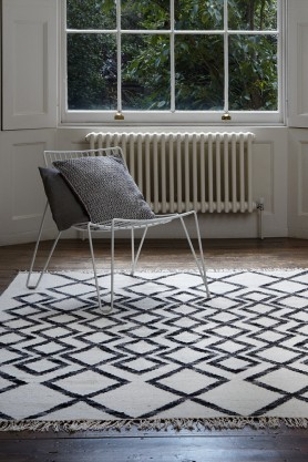 Hackney Diamond Kelim Rug - 2 Sizes Available - 4 Colours