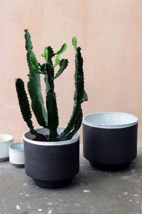 Set of 2 Large Peace Planters - Black