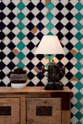 Lifestyle image of Turquoise Chess Wallpaper