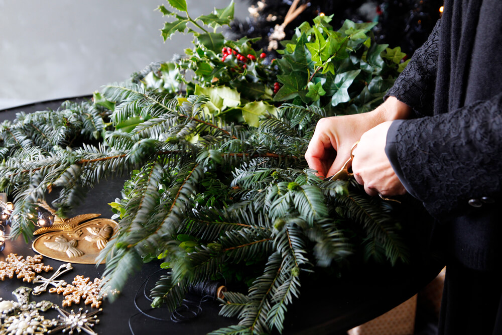 rsg_wreath_table_display_9th_lowres