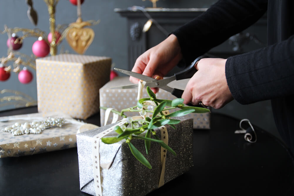 rockettstgeorge_gift_wrapping_12_lowres