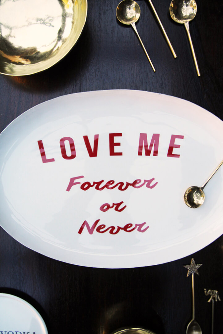 valentines-gift_-love-me-forever-or-never-plate