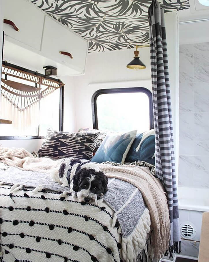 Liz Kamarul_bedroom