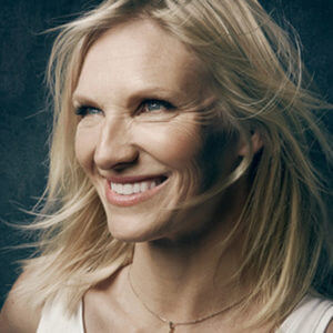MY CHRISTMAS EDIT WITH JO WHILEY