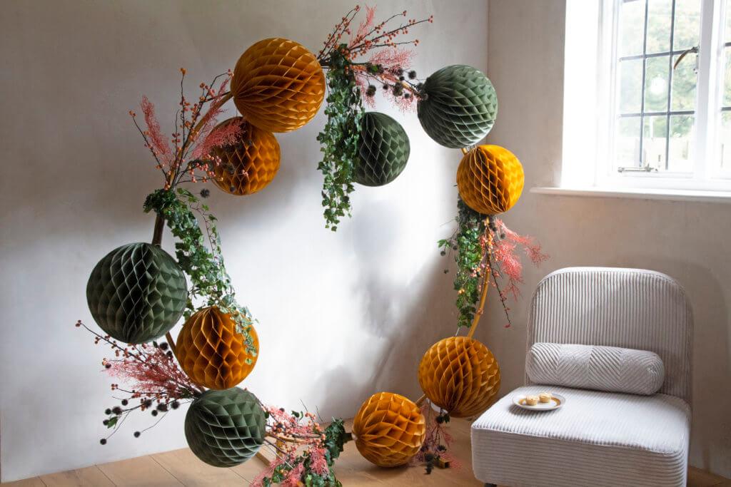 pom-pom-wreath-decoration