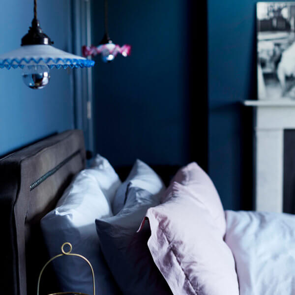 How To Decorate Your Small Bedroom On A Budget