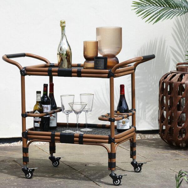 Creative & Unusual Garden Furniture Ideas