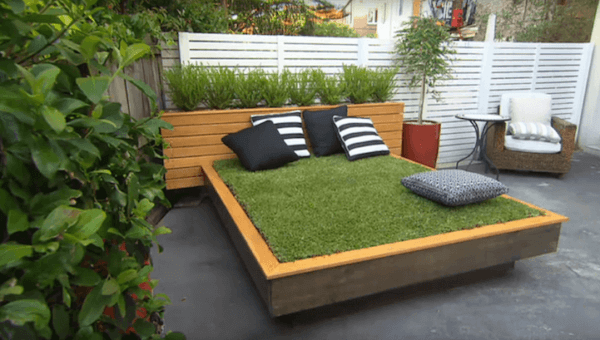 Garden bed made from recycled wooden pallets