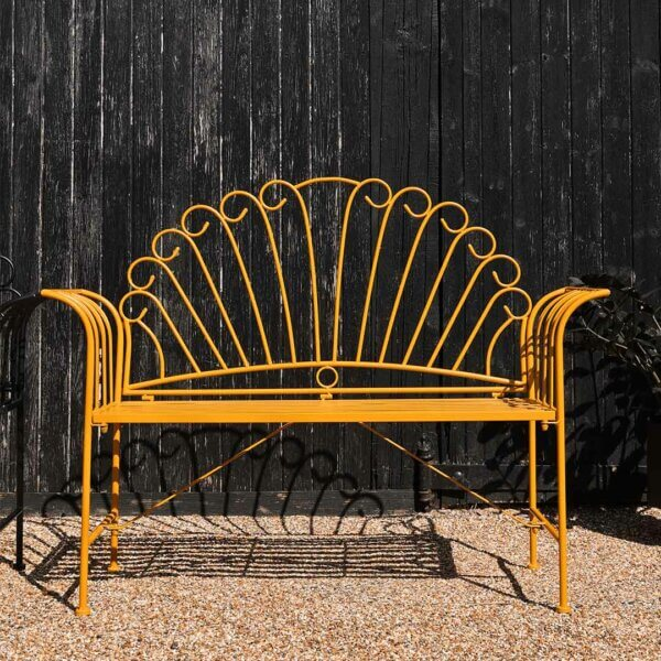 11 Things to Brighten Up your Garden