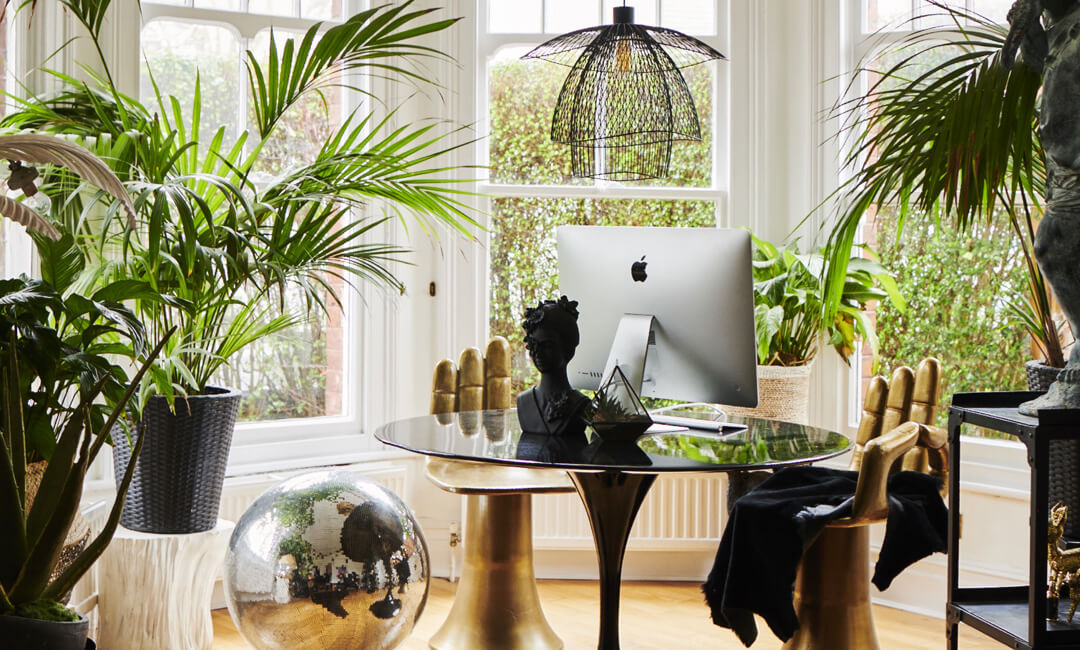 lifestyle image of living room office space
