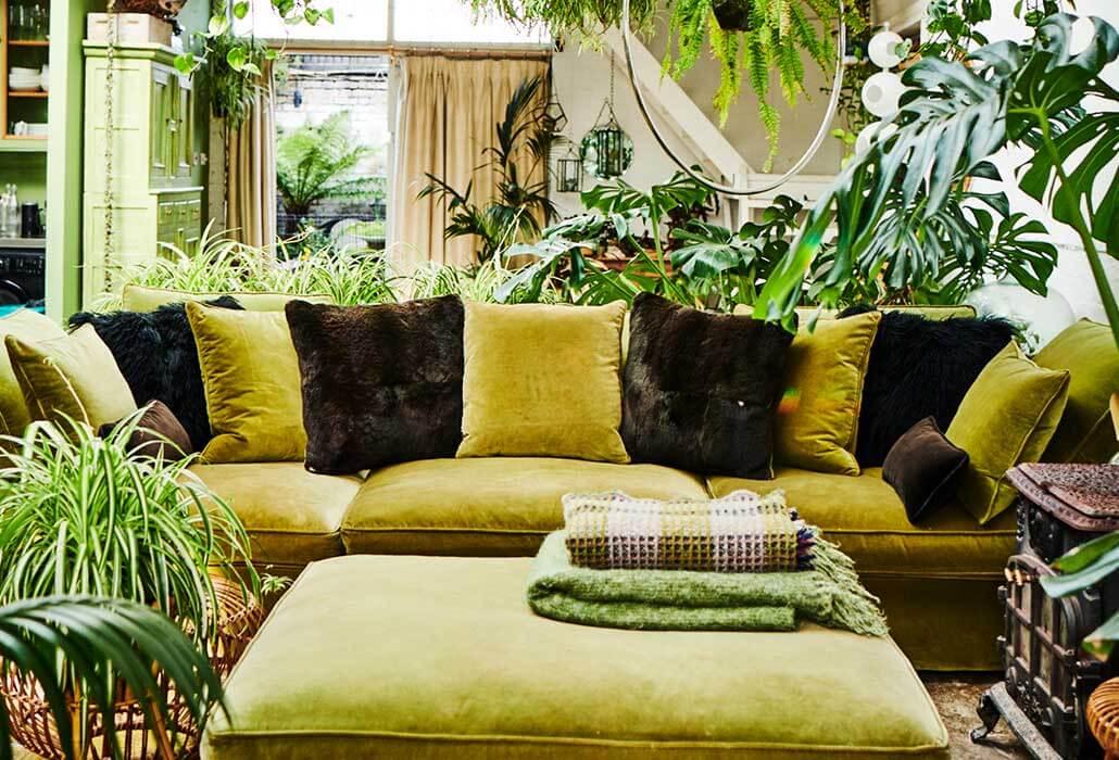 green-sofa-cushions